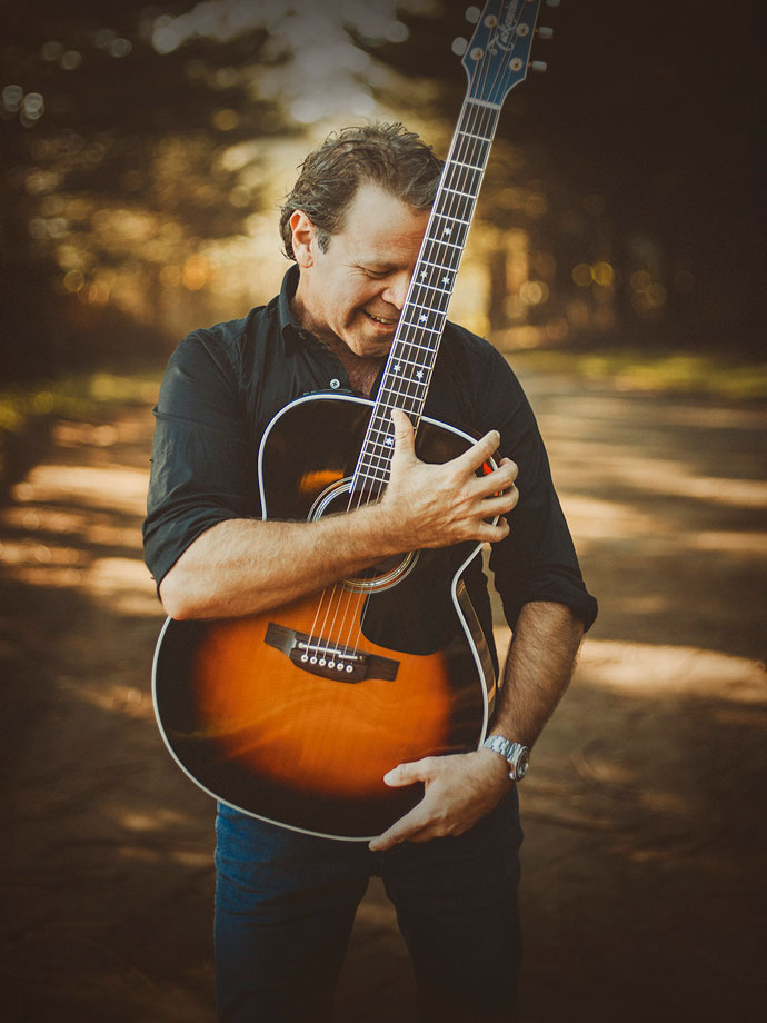 Troy Cassar-Daley image